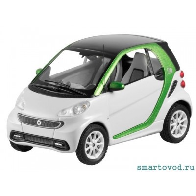 Smart ForTwo Купе White / Green 2012 1:43