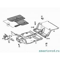 Клипса крепления коврового покрытия багажника Smart ForTwo 2007->
